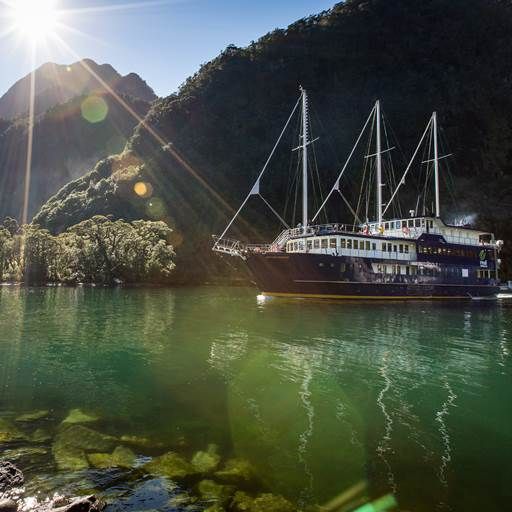 Milford Sound Overnight Cruises | Milford Mariner | Real Journeys